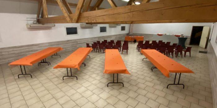 L'étang du Moulin Bleu vous propose une salle de réception pour vos congrès ou séminaires.