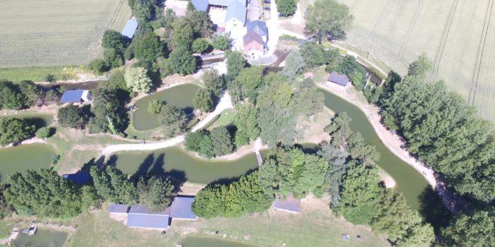 L'étang de Pêche du Moulin Bleu vous propose 7 parcours de pêche à la truite.